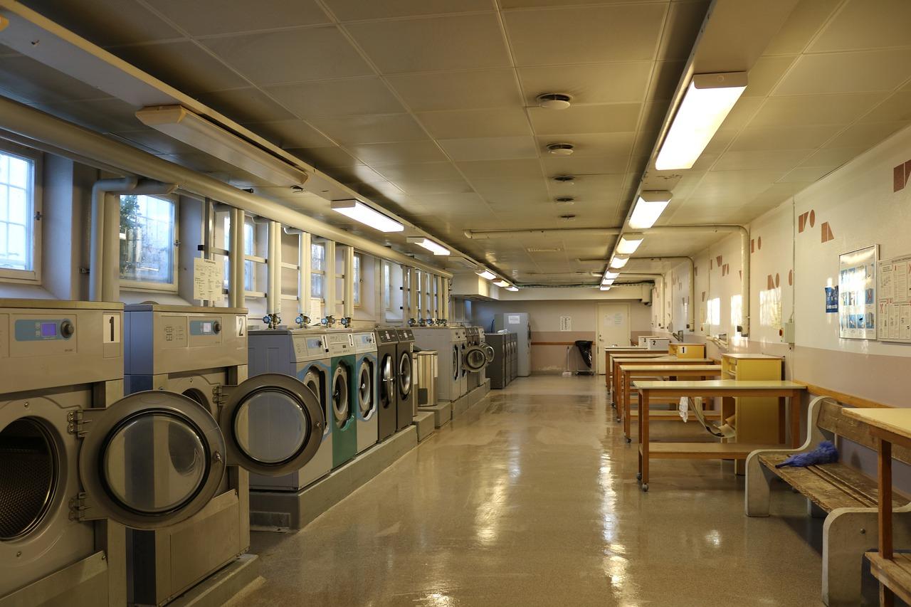 Laundry Room | http://noveltybankstatement.com/